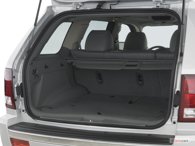 Image: 2007 Jeep Grand Cherokee 4WD 4-door SRT-8 Trunk ...