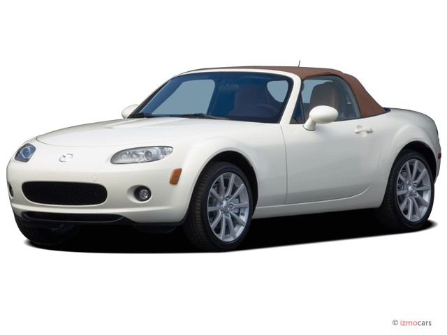 2007 Mazda MX-5 Miata 2-door Convertible Manual Grand Touring Angular Front Exterior View