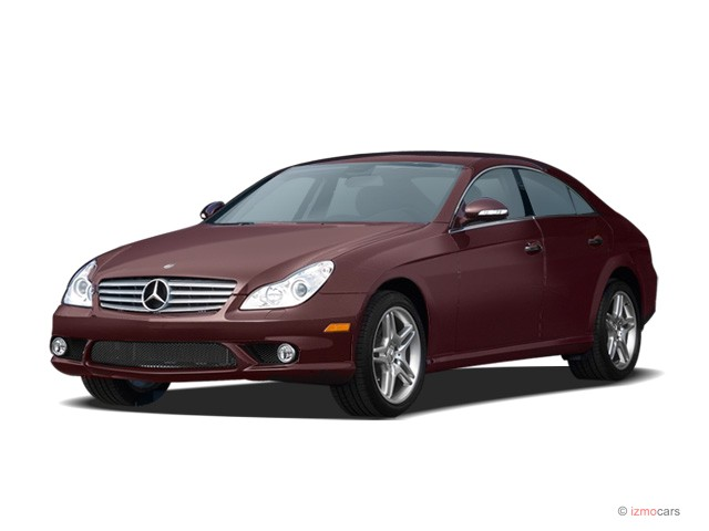 2007 Mercedes-Benz CLS Class 4-door Sedan 5.5L Angular Front Exterior View