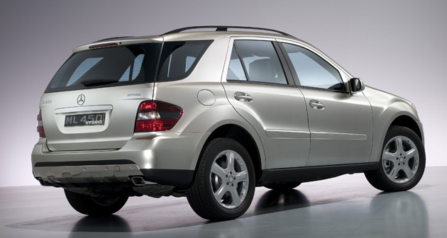 Mercedes Benz revealed a concept version of its M-Class hybrid in 2007 but the vehicle featured a petrol-electric powertrain