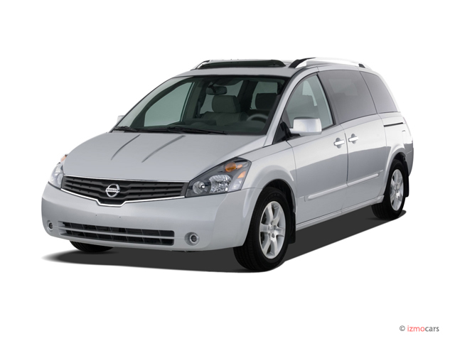 2007 Nissan Quest 4-door SE Angular Front Exterior View