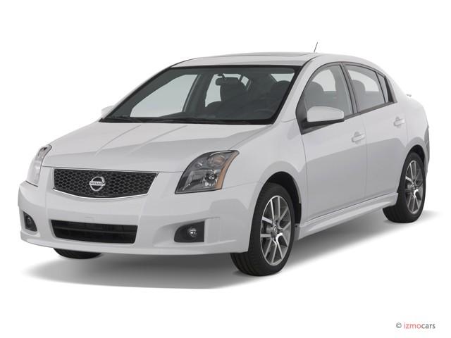2007 Nissan Sentra 4-door Sedan Manual SE-R Spec V Angular Front Exterior View