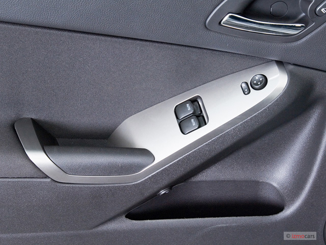 Image 2007 Pontiac G6 2 Door Coupe Gt Door Controls Size 640 X 480 Type Gif Posted On