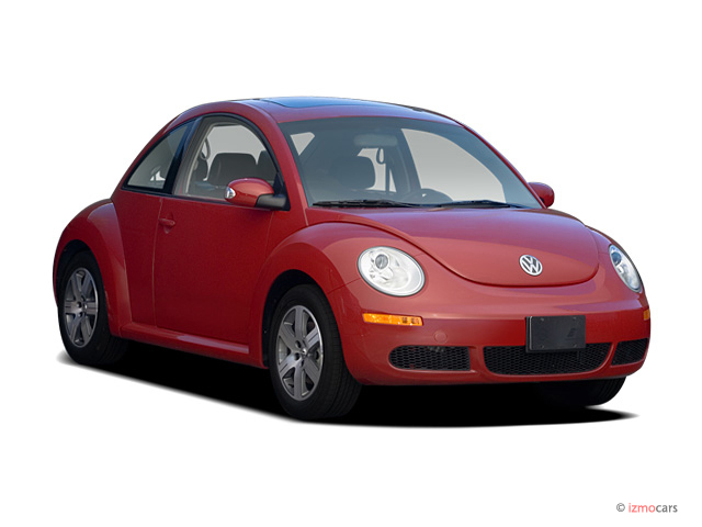 2007 Volkswagen New Beetle Coupe 2-door Auto Angular Front Exterior View
