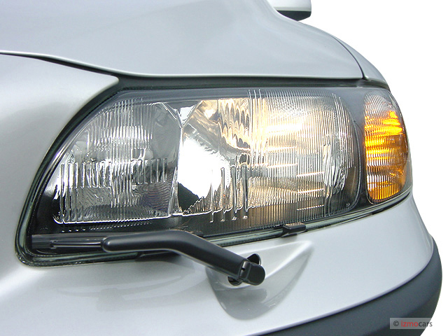 Image: 2007 Volvo V70 4-door Wagon 2.4L AT FWD Headlight ...