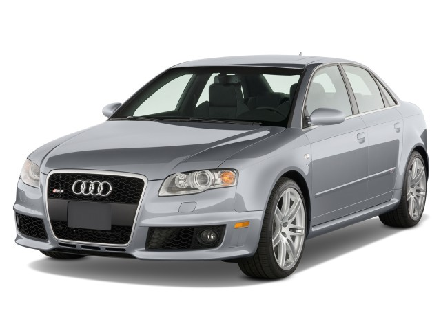 2008 Audi RS 4 4-door Sedan Angular Front Exterior View