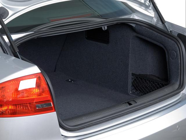 image 2008 audi s4 4 door sedan auto trunk size 640 x. Black Bedroom Furniture Sets. Home Design Ideas