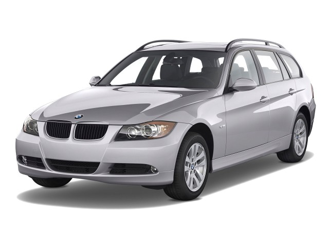 2008 BMW 3-Series 4-door Sports Wagon 328i RWD Angular Front Exterior View