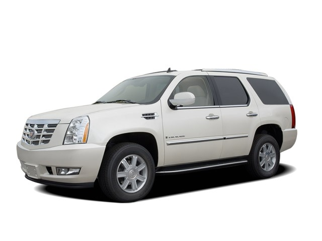2008 Cadillac Escalade AWD 4-door Angular Front Exterior View