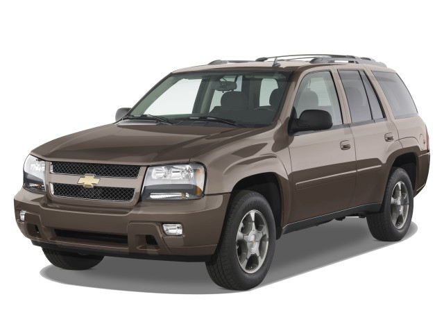 2008 Chevrolet TrailBlazer 2WD 4-door LT w/3LT Angular Front Exterior View