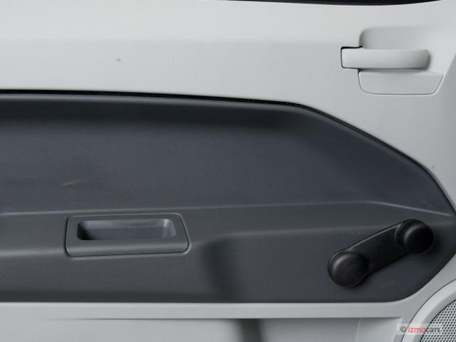 image 2008 dodge caliber 4 door hb se fwd door controls. Black Bedroom Furniture Sets. Home Design Ideas