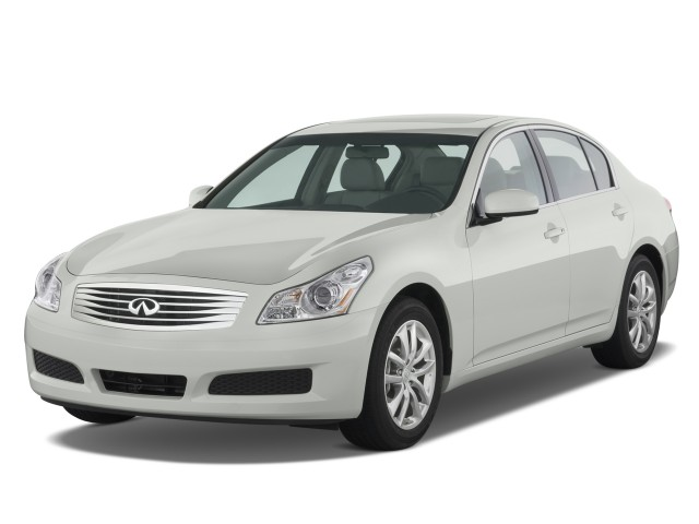 2008 Infiniti G35 Sedan 4-door Base RWD Angular Front Exterior View