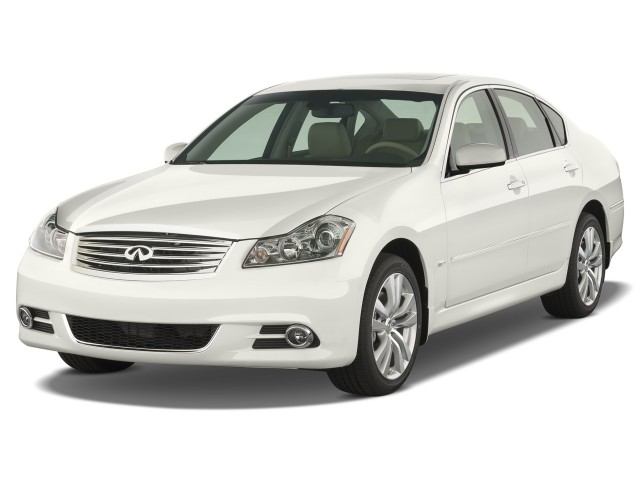 2008 Infiniti M45 4-door Sedan RWD Angular Front Exterior View