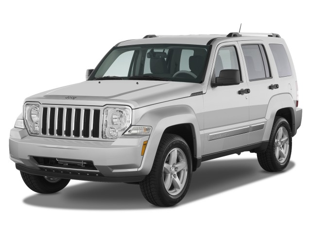 2008 Jeep Liberty RWD 4-door Limited Angular Front Exterior View
