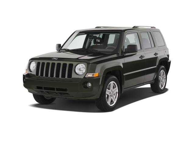 2008 Jeep Patriot FWD 4-door Sport Angular Front Exterior View