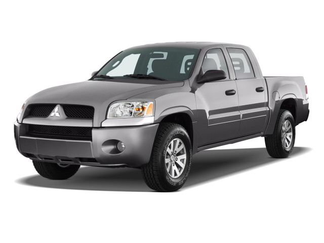 2008 Mitsubishi Raider 2WD Double Cab Auto LS Angular Front Exterior View