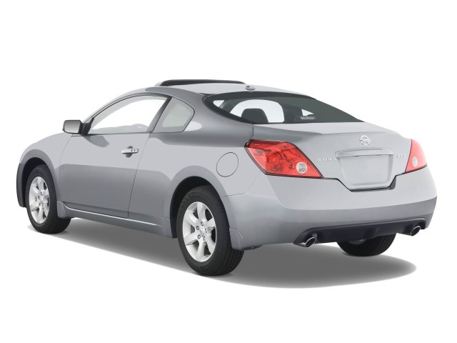 2008 Nissan Altima 2 Door Coupe I4 Man S Angular Rear Exterior View