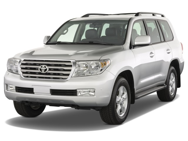 2008 Toyota Land Cruiser 4-door 4WD (Natl) Angular Front Exterior View