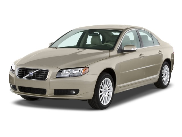 2008 Volvo S80 4-door Sedan I6 FWD Angular Front Exterior View