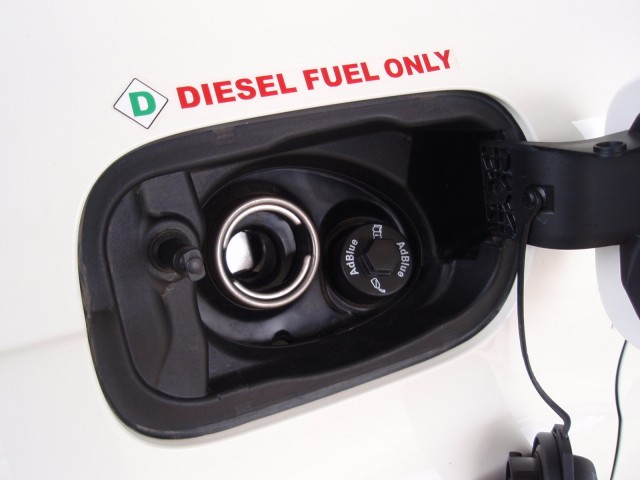diesel and AdBlue fillers in Audi Q7 TDI