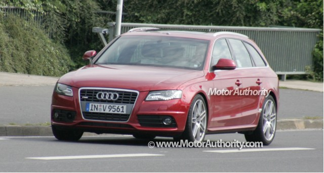 2009 audi s4 avant spy shots motorauthority 001