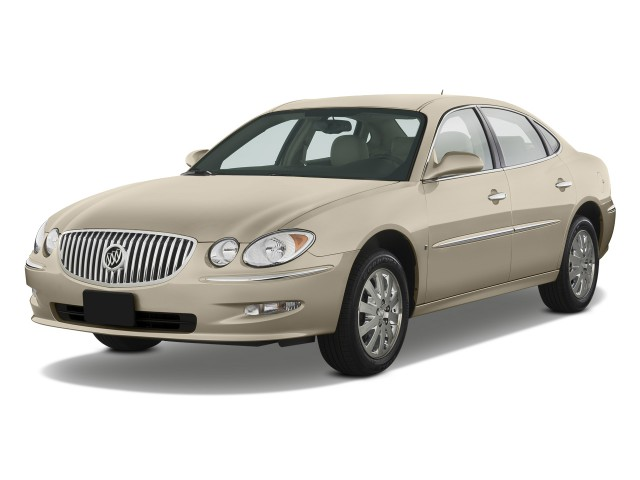 2009 Buick LaCrosse 4-door Sedan CXL Angular Front Exterior View