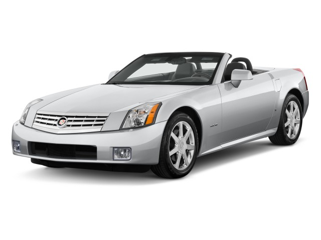 2009 Cadillac XLR 2-door Convertible Platinum Angular Front Exterior View