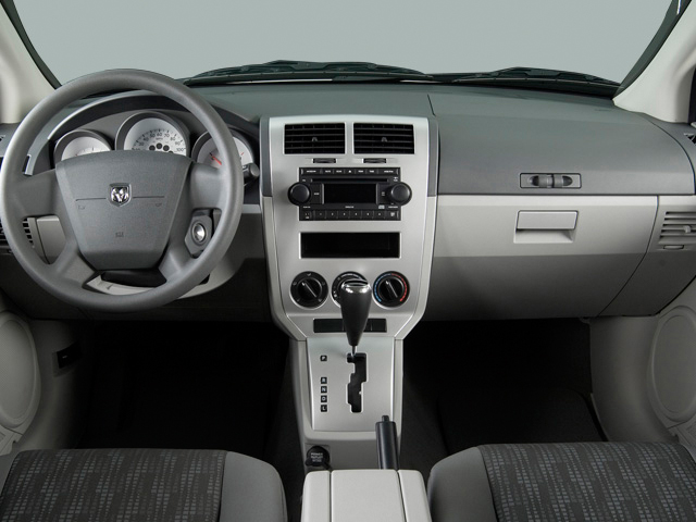 2009 Dodge Caliber 4-door HB SE Dashboard