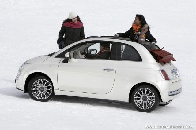 2009 Fiat 500 Convertible 500c 2 021