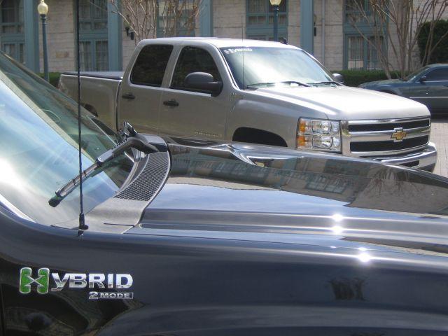 2009 GMC Sierra Hybrid & 2009 Chevrolet Silverado Hybrid