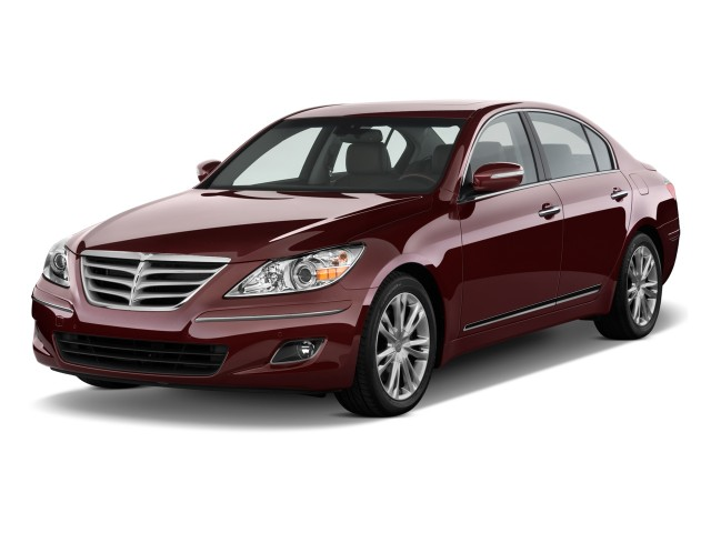 2009 Hyundai Genesis 4-door Sedan 4.6L V8 Angular Front Exterior View