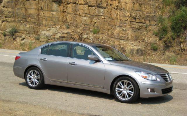 2009 Hyundai Genesis