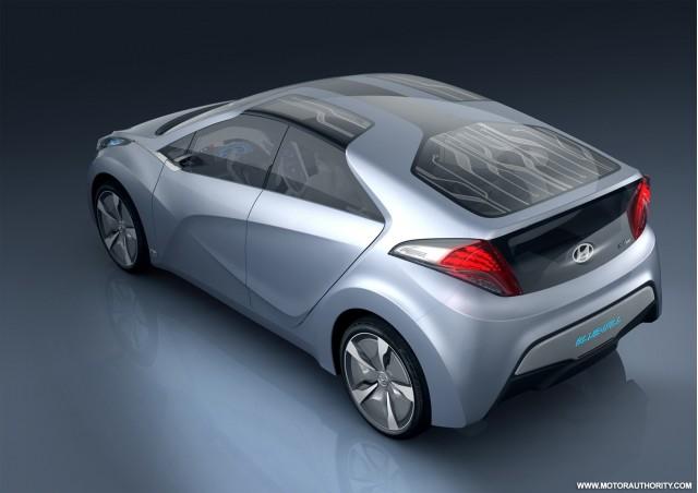 2009 hyundai hnd 4 blue will plug in hybrid concept 003