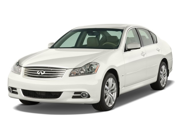 2009 Infiniti M45 4-door Sedan RWD Angular Front Exterior View