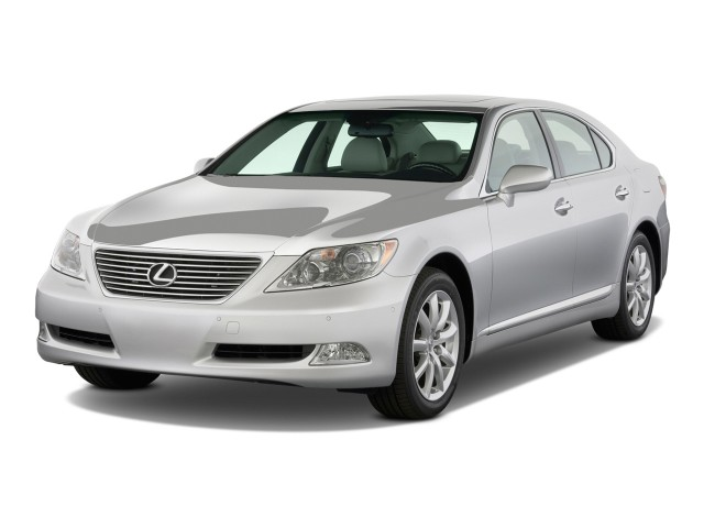 2009 Lexus LS 460 4-door Sedan RWD Angular Front Exterior View