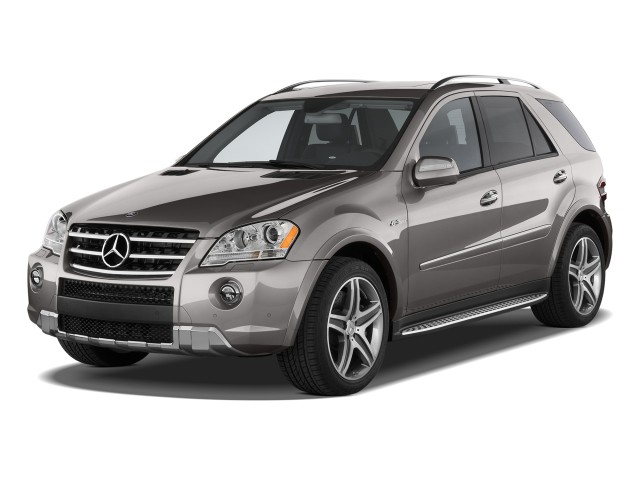 2009 Mercedes-Benz M Class 4WD 4-door 6.3L AMG Angular Front Exterior View