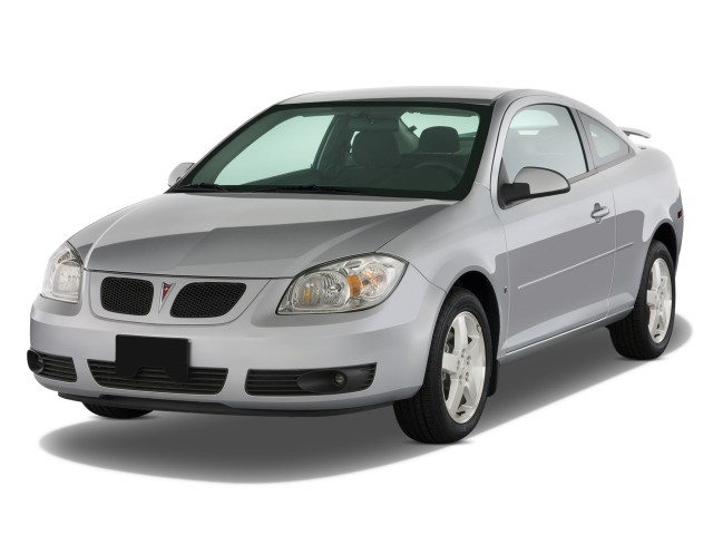 2009 Pontiac G5 2 Door Coupe Angular Front Exterior View