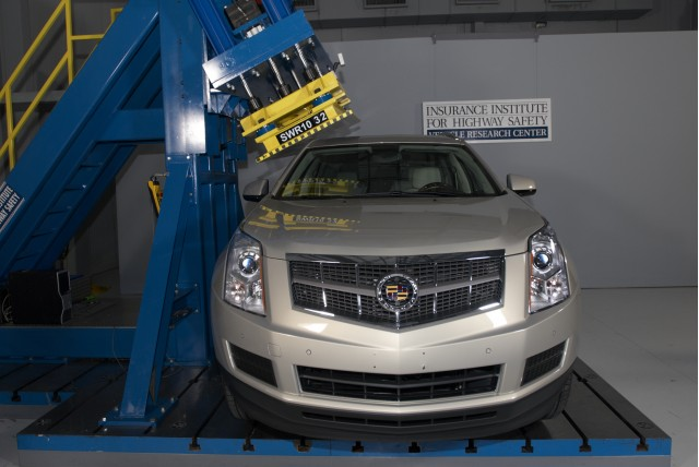 2010 Cadillac SRX - test for roof strength