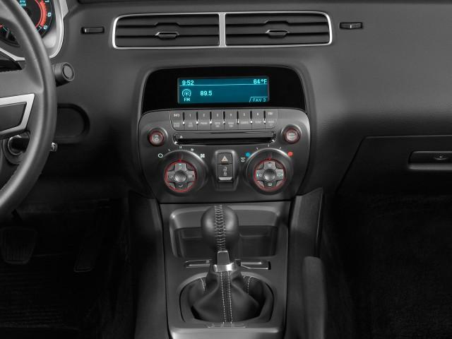 Instrument Panel - 2010 Chevrolet Camaro 2-door Coupe 1SS