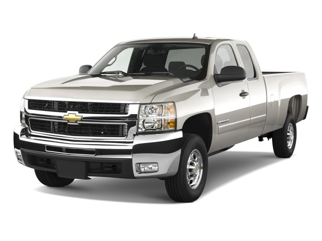 Angular Front Exterior View - 2010 Chevrolet Silverado 2500HD 2WD Ext Cab 157.5