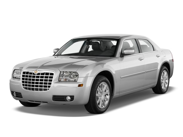 2010 Chrysler 300-Series 4-door Sedan 300 Touring Signature AWD Angular Front Exterior View
