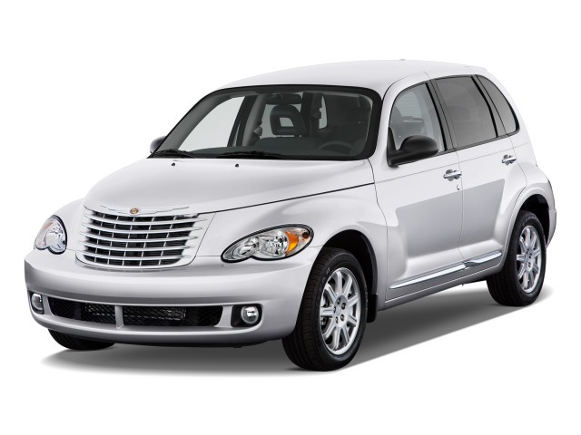 2010 Chrysler PT Cruiser Classic 4-door Wagon Angular Front Exterior View