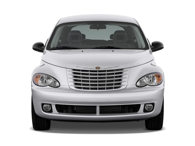 2010 Chrysler PT Cruiser Classic 4-door Wagon Front Exterior View