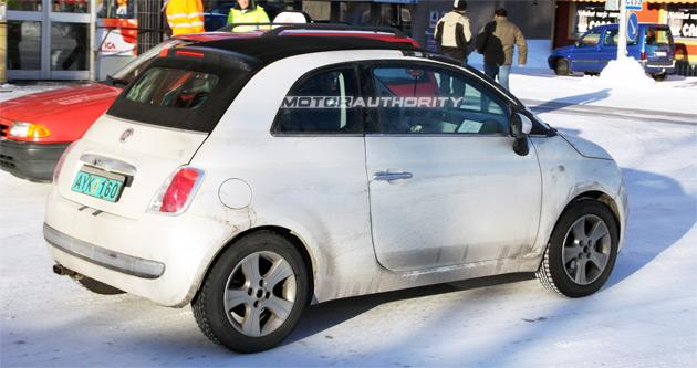 Spy shots: 2010 Fiat 500 Cabrio