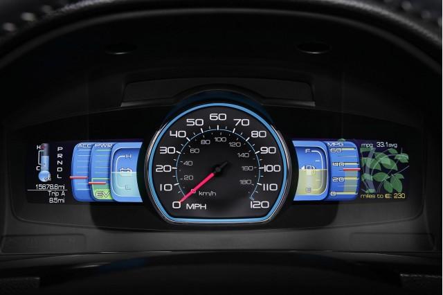 2010 Ford Fusion Hybrid IP