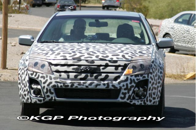 2010 Ford Fusion spy shot