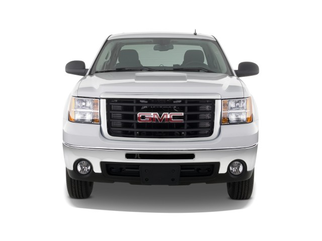 "2010 GMC Sierra 2500HD 2WD Crew Cab 153"" SLE Front Exterior View"
