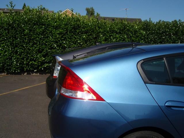 2010 Honda Insight and 2010 Toyota Prius