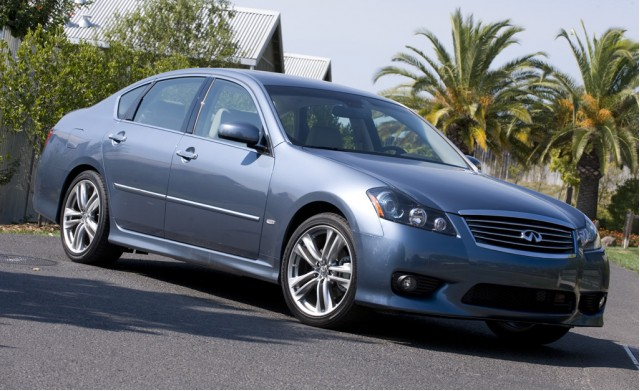 2010 Infiniti M35 Vs 2010 Lexus Gs 350 The Car Connection