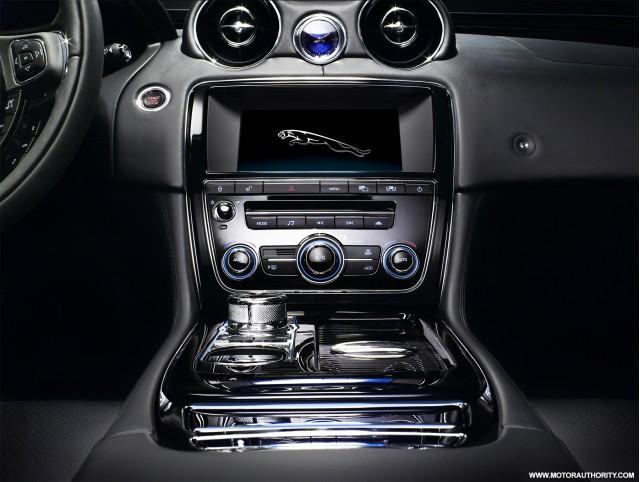 2010 jaguar xj 021